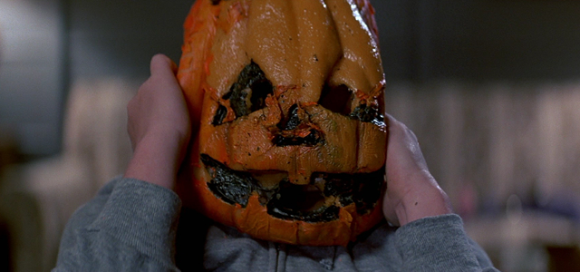 Remember how all of your favorite HALLOWEEN movie memories revolve around Michael Myers?  That's because you hate Halloween III.  Cause he ain't in it.  Don't believe me?  Ask Rob.